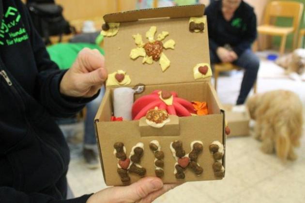 therapiehund-spieletag-snackpaket